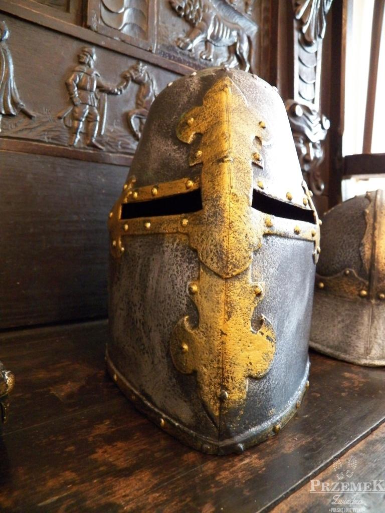 elementy uzbrojenia zamek w liwie