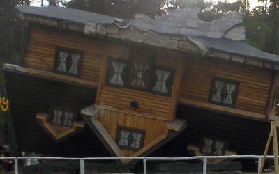 Szymbark – dom, który stanął na głowie