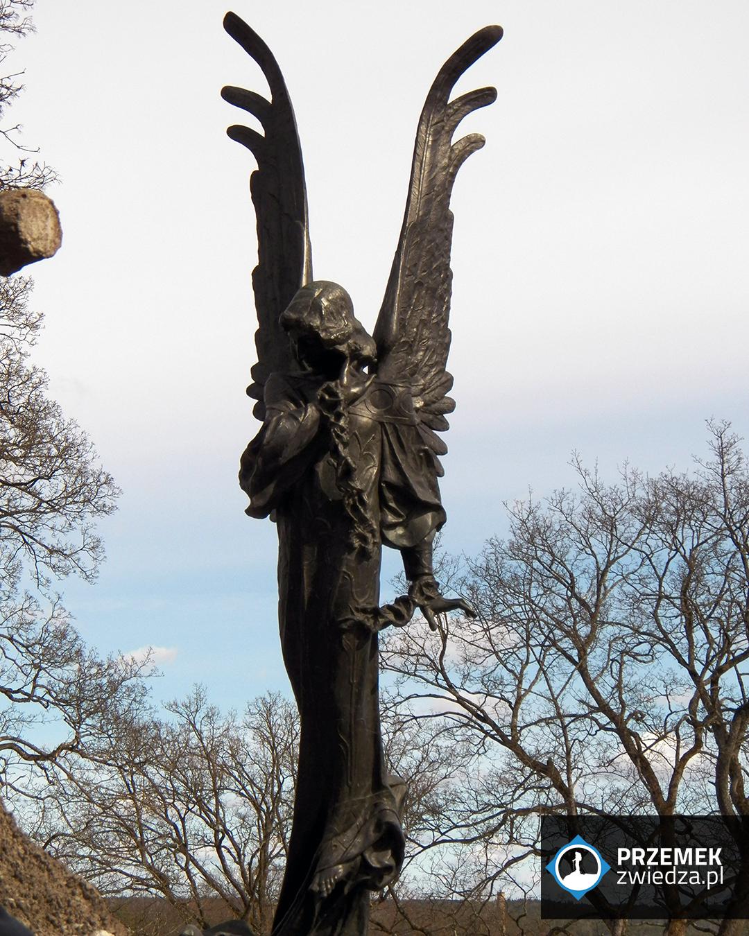 Anioł z brązu, najpiękniejszy pomnik na cmentarzu Wilno