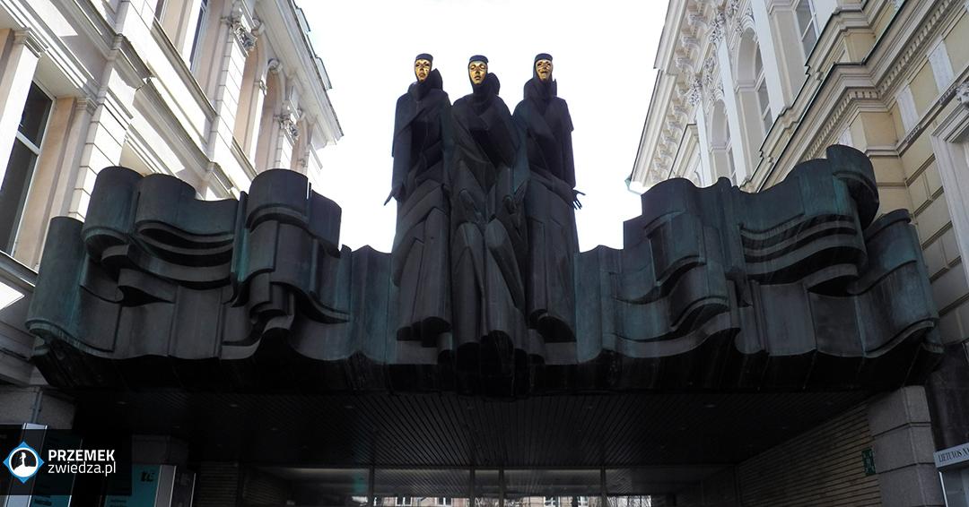 Wilno - Kaliope, Talia i Melpomena - Muzy Dramatu strzegące wejścia do teatru