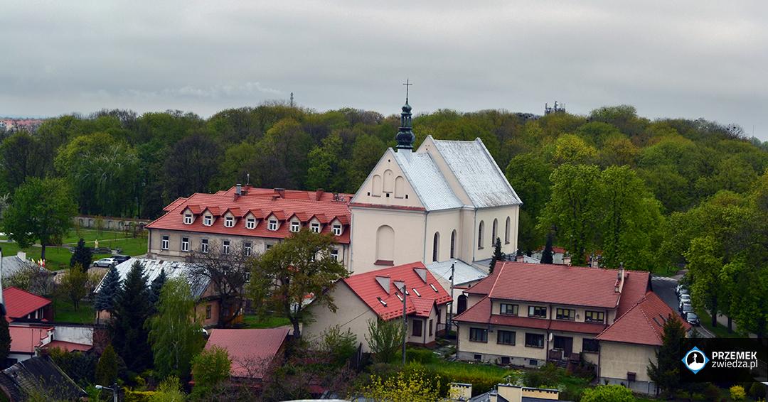 Sandomierz - Kościół św. Józefa - widok z Bramy Opatowskiej