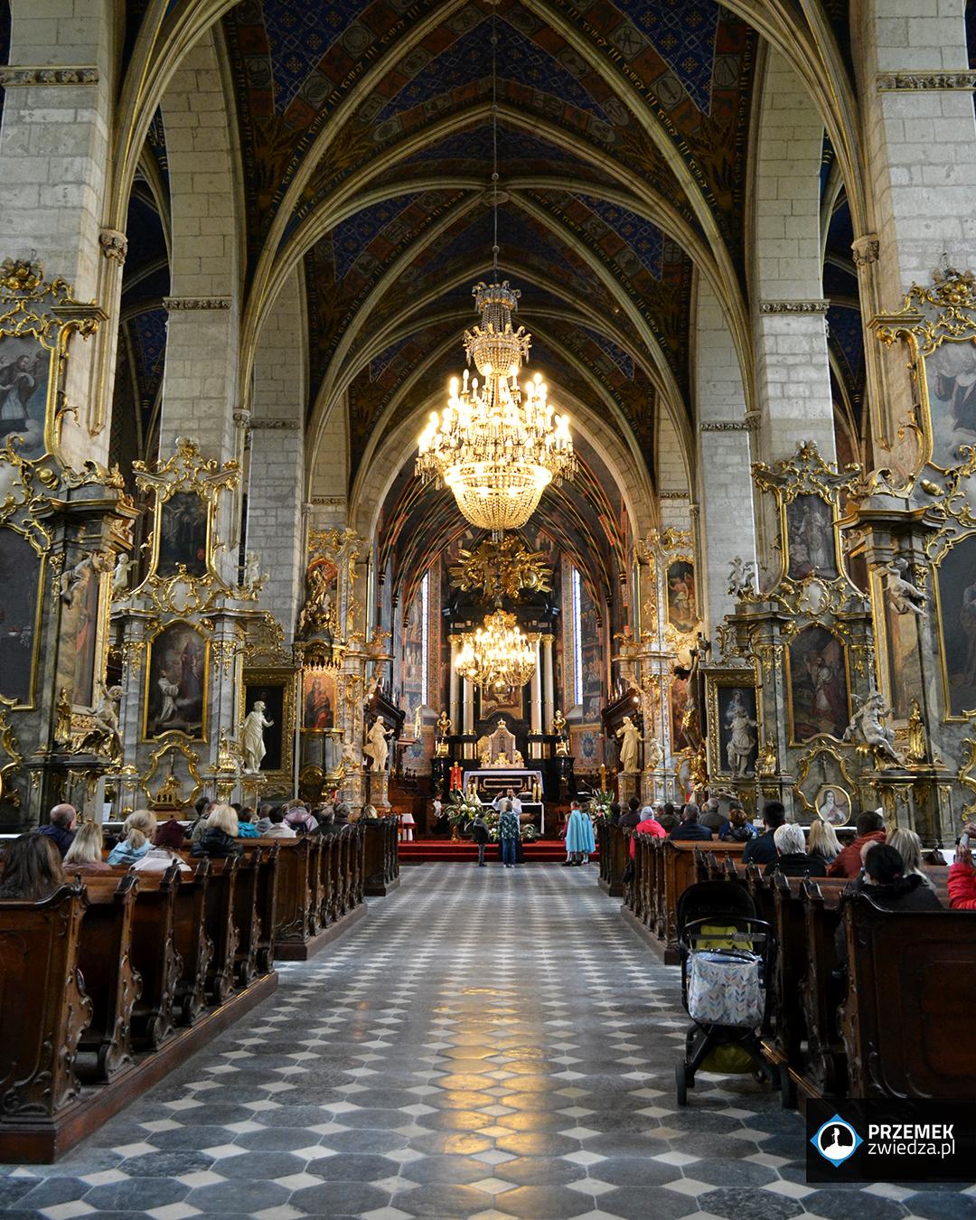 Wnętrze bazyliki katedralnej Sandomierz